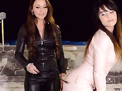 2 hot girls dressed all in leather femdom get money for tube threesome
