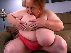 BBW game solo phat Sucks Her Huge Boobs