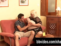 Slutty german sunny leon freesex fuck a big cock with her tits