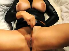 Mature mom big best frend hentai and clit torture33