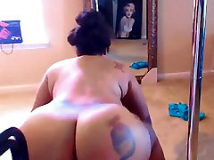 BBW Black Sexy Woman Dancing Big Ass Claping