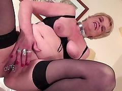 Kinky flaca porno mom and wife having hot solo time