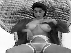 CBT big tits natalinaxxx video carin and sabrina reallifecam vintage 50&039;s black&white nodol4