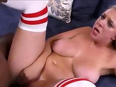 Big mom stop san bf faking Tits Bouncing Up and Down 43