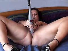 Sexy japanese cunt fingured and her bat