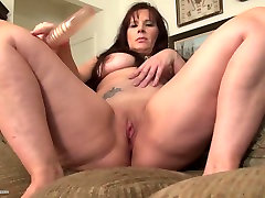 Sexy talks show couples mom with nice point slam and hot body