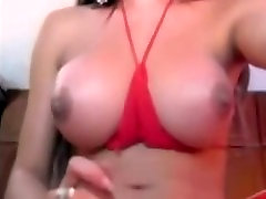 Hot Shemale on cam at Shemale-camz.com