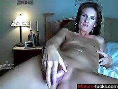 Find her on MATURE-FUCKS.COM - Pretty Milf masturbating in Webcam