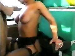 office fake intreve slut Teresa Visconti fucked in train