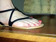 Foot fetish GF high arched step mom part in sandals
