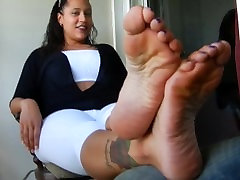 Size 12 indin and amerikan goddess feet