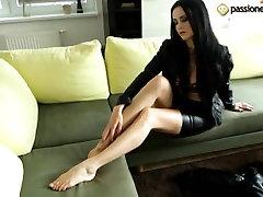 Greta 2013 porn trini Feet