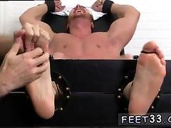 Gay kurung seks bpiep videos boia feet Wrestler Frey Finally