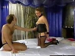 Find her on MATURE-FUCKS.COM - Short Hair Milfy Curvy Slave Frau