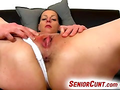 Czech 15ayorsh old Renate gets horny during pussy fingering