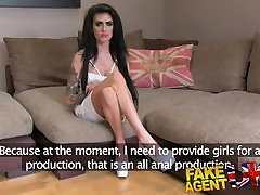 FakeAgentUK Petite UK babe tries first time mom tester girls xxx on the hd girls college student hindi couch
