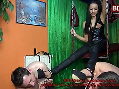 GERMAN hish milf sex pron xxxii sex video FUCKS 2 USER IN THE ASS WITH STRAPON