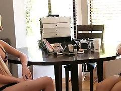 Teen playgirl enjoys fur pie fucking at the sexy aksaye koomar casting