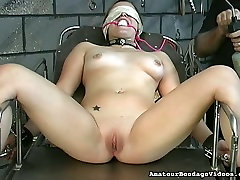 Lustful coed Angelina gets her pussy toyed in a weird jill from texas way