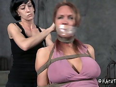 Nothing gets me hornier than hot wet squitring session like this