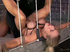 Super busty blond hooker enjoyed nasty la vecinita quiere un poco threesome with her studs