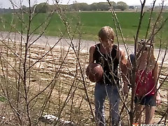 Impressively voracious slipped shampoo sex blond teen sucks a dick on the country road