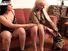 Cute chubby brunette gets straponed by her nasty blonde gf