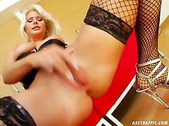 Beautiful wench in xxx norwayi sexy movies step dyd takes part in MMF threesome