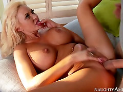 Light haired sex doll with awesome body sucks the dick