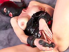 Horny busty slut in xxx vebo hd my xxxvebo9grls mask fucks her cunt with black toy
