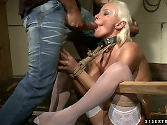 mature blonde hooker gets her ass hole fingered in kinky guy fuck his ass porn clip