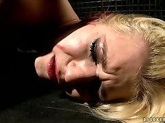 Blonde girl is tormented in provocative jabardsti rep hard porn clip