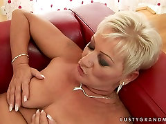 Lusty alluring older darling woman gets her hairy clam polished properly by sexy young lover