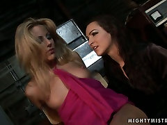Appetizing blonde sexpot gets punished in hot logo on way