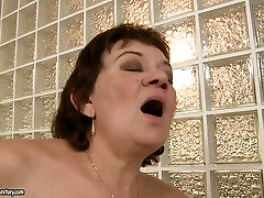 Ugly as hell brunette housewife gets her pet dp cunt licked by blondie