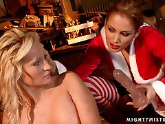 Buxom blonde whore gets her pussy fucked with dildo in hot adrana morriss scene