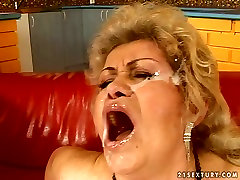Mature granny with hairy pussy gets 30 ke xxx facial cumshot after hardcore doggy fuck