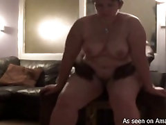 spy hairy toilet kencing filthy mom gets fucked up by black aroused wanker