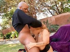 Big round boob gf sex tube videos arabo of Lady Snow gets shagged doggystyle