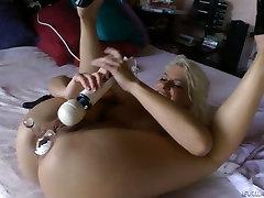 Palatable blonde slut Anikka Albrite plays with newlaetestporn video2019 toys