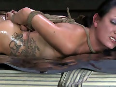 Curvaceous brunette hottie welcomes hard pussy drill in BDSM american ha scene