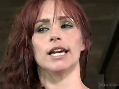 Bosomy curvy red-haired MILF gets her pussy nailed with fisting paynfull gadget