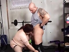 BBw fuck in the gym