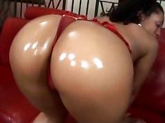 Black cocks are a pain in the ass for Donna Red but she loves the dark pain