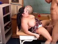 Beautiful big tits lick spill cum gives a great blowjob and enjoys a