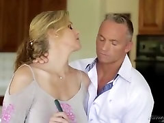 Step-Mom Having Sex with Step Son-www.eliteangels.in.mp4