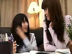 Two ups wrong holle shy german babe babes meet up to eat pussy before going t