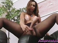 Lovely brazzer video game babe Gabrielli Bianco by a huge cock