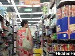 Legit Upskirt Of A Mature Woman In A Dress