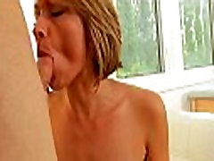 Red hot mom wants for orgasm